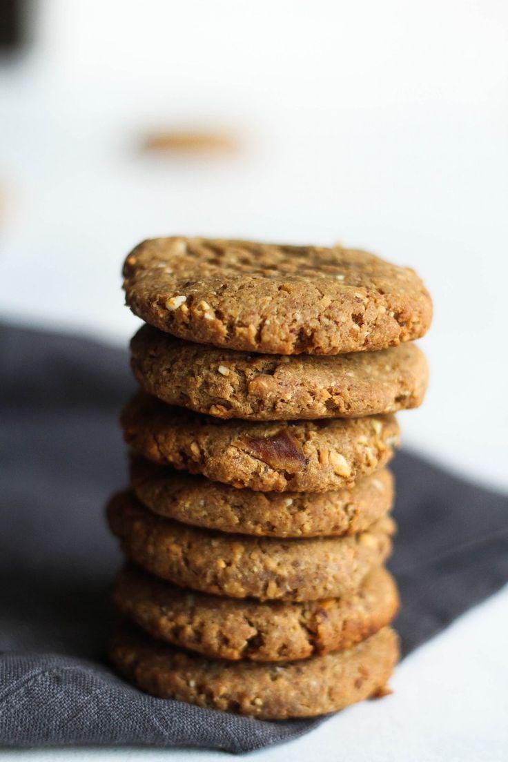 5-Ingredient Peanut Butter & Date Cookies