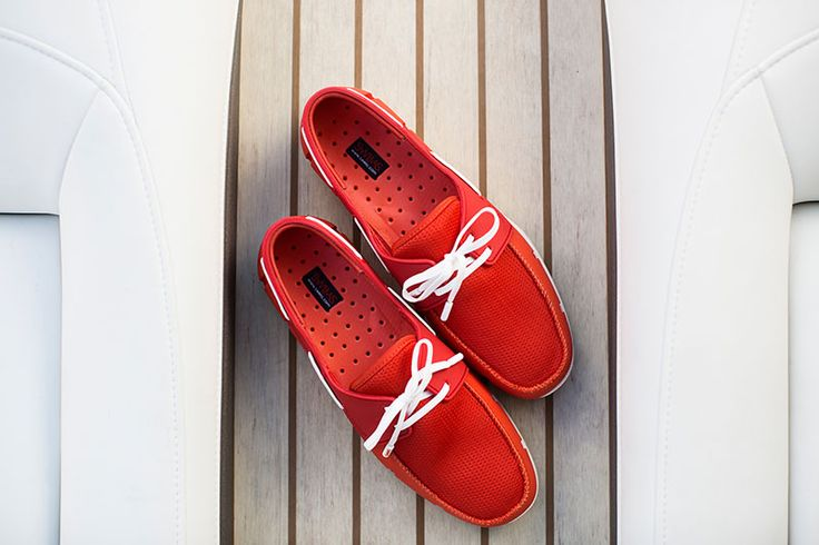 #swims #seducethesea #boatlife #boatloafer #nauticalfashion