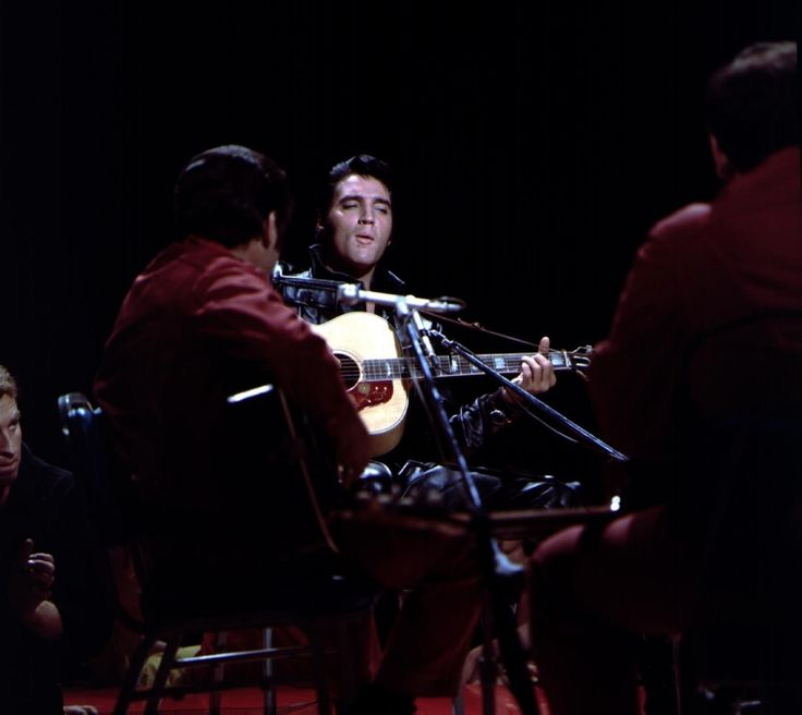 Elvis in concert on stage in Studio 4 - June 27, 1968 Photo courtesy 68 at 40- Retrospective, source FECC - NBC TV Studio Burbank