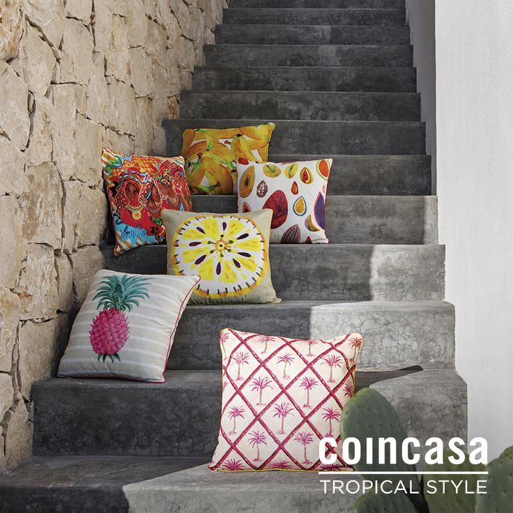 Concediti un sogno a occhi aperti con la nuova collezione Tropical Style: scegli il tocco esotico dei cuscini con stampe jungle e ti sentirai subito in vacanza.  Scopri tutte le stampe su www.coincasa.it