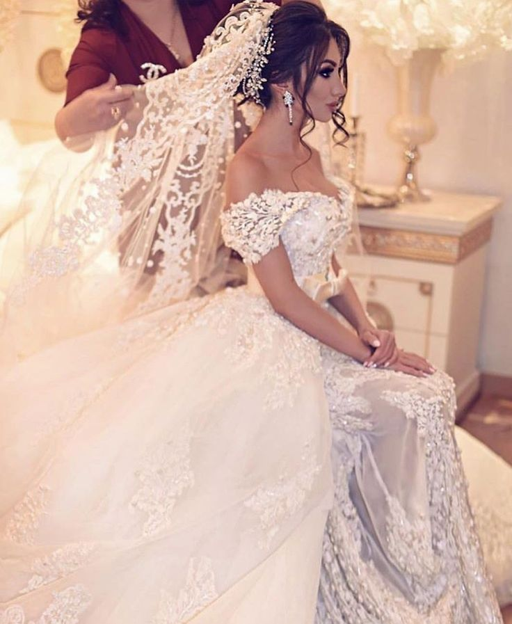 96 best Novias images on Pinterest | Gown wedding, Groom attire and ...