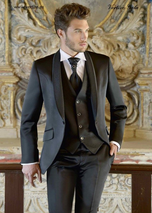 Caballero VG 2014 - Vertize Gala hombre ofrece una amplia gama de estilos para ceremonia, padrino, novio o fiesta, junto con un sinfín de complementos, corbatas, gemelos, calzado, cinturones, etc. Ya, Colecciones 2014.