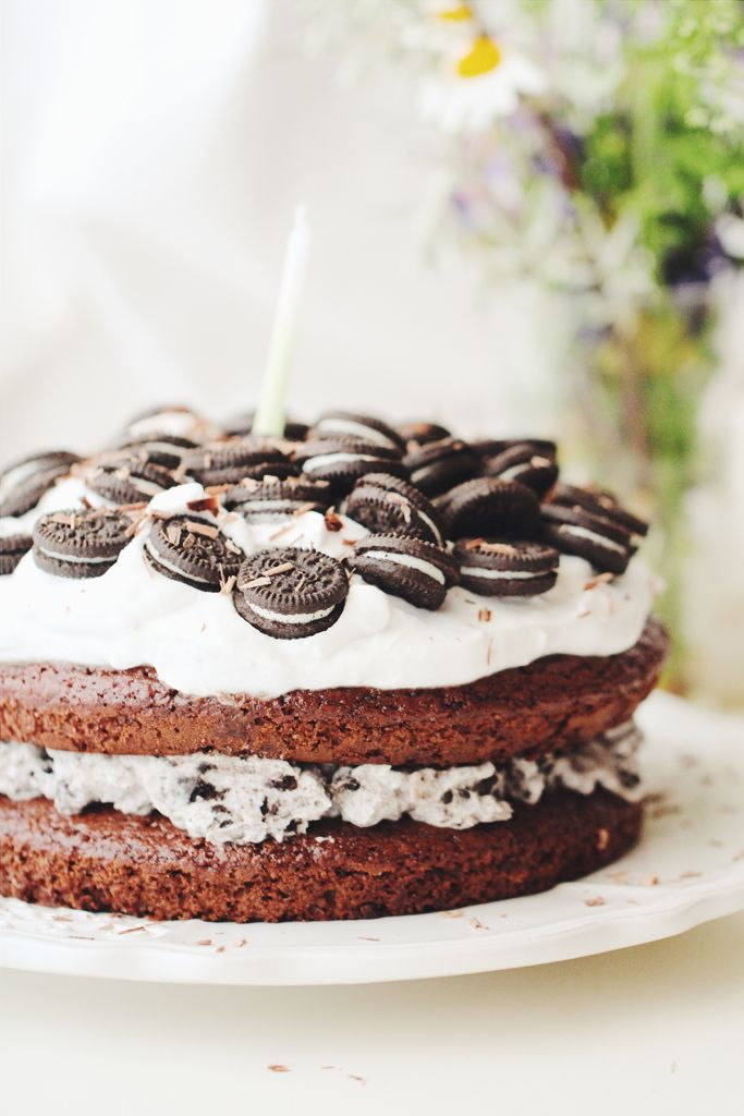 vegan cookies and cream layer cake