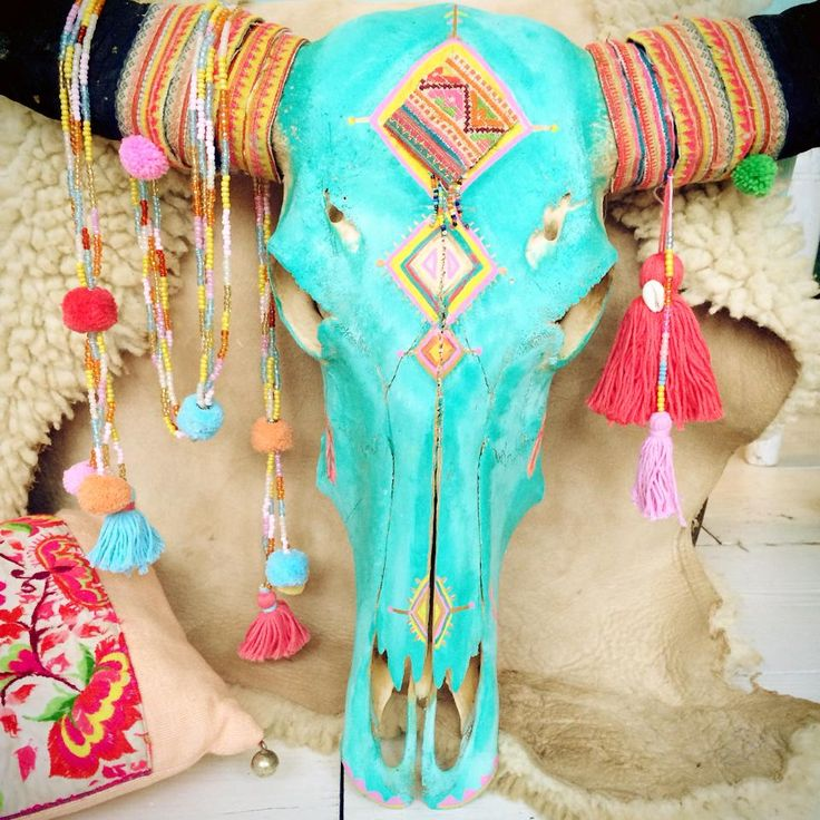 Love colours in accessories and i like the 'tribal' kind of accessories