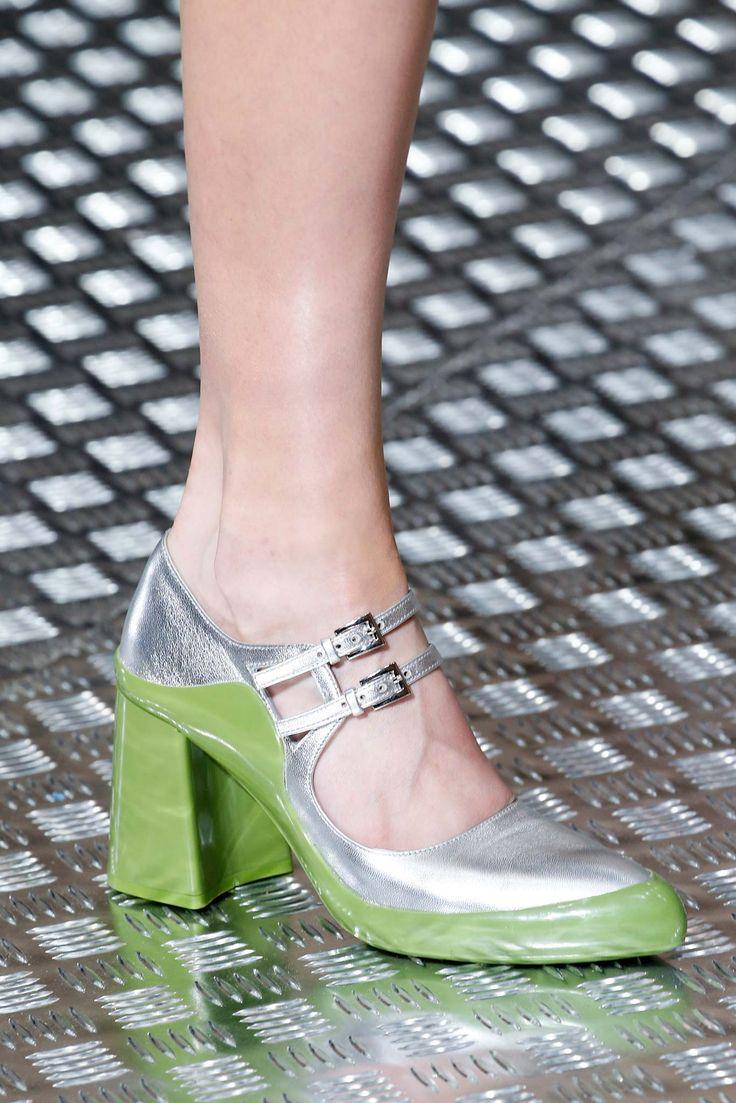 Prada Fall 2015 Ready-to-Wear - Details - Gallery - Style.com