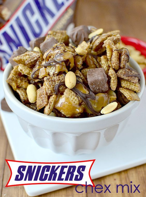 Snickers Chex Mix