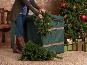 covermates holiday rolling tree storage bag fits up to foot tree 3 year warranty green - Christmas Tree Storage Ideas