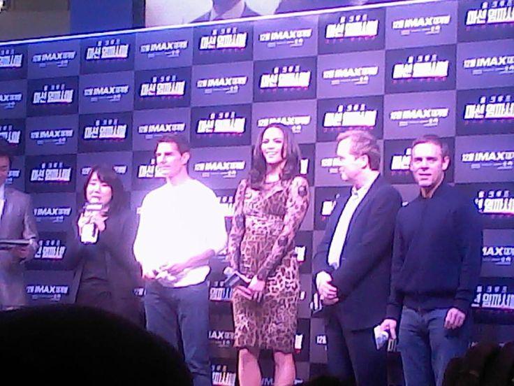 키야 톰 크루즈 내한 했을때 만난 배우들과 감독 대박이었음ㅎㄷㄷ Tom Cruise in Korea!! It was extremely amazing!! #tour #trip #tourist #travel #movie #hollywood #celebrity #actor #usa #tomcruise #timesquare #actress  #redcarpet #vacation #여행 #관광 #missionimposible #ghostprotocol #관광객 #영화 #헐리우드 #미국 #배우 #영화배우 #레드카펫 #타임스퀘어 #톰크루즈 #미션임파서블 #휴가  #고스트프로토콜 http://tipsrazzi.com/ipost/1506320415311481874/?code=BTnhm_Yj0wS