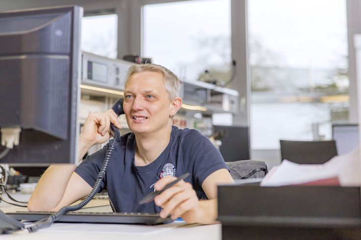 Dirk 45 service support engineer i started working