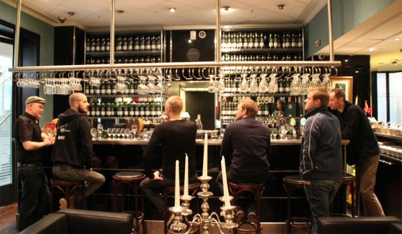 SMWS in Vejle, Danmark. Scotch Malt Whisky Society in Denmark. http://whisser.com/2013/04/12/a-visit-to-smws-in-vejle/