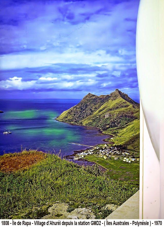 Île de Rapa ( Australes ) - Village de Ahuréi vu de la station Météo - ( Polynésie )