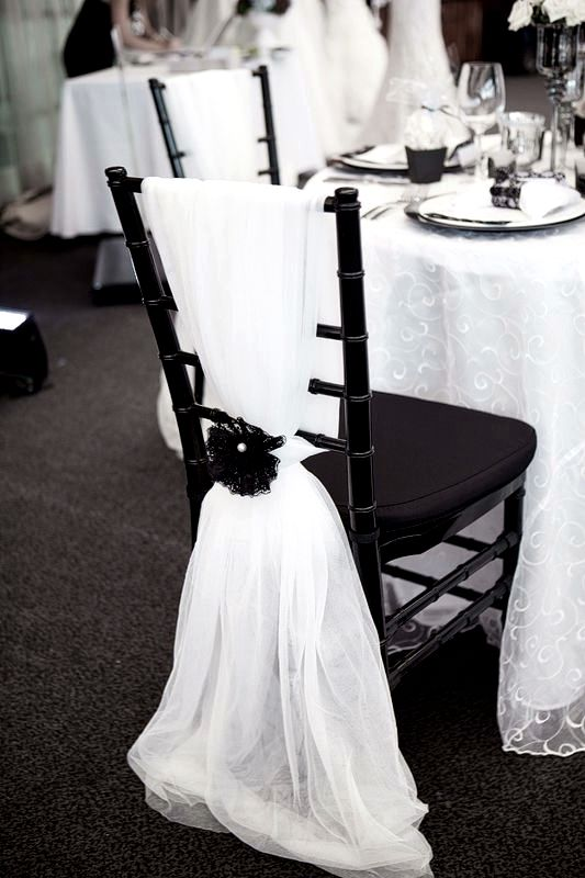 Black & white wedding decoration.