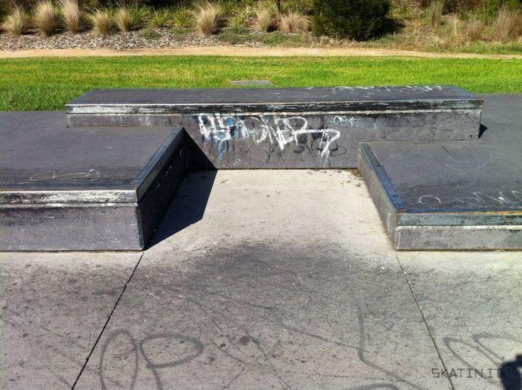 Clifton Hill Skate Plaza (Melbourne, VIC Australia) #skatepark #skate #skateboarding #skatinit #skateparkreview