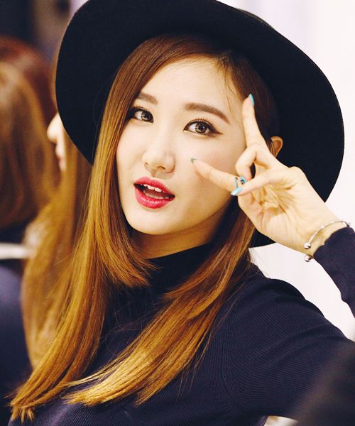 The incredibly beautiful LE of EXID I just love her (even though she is my sister's bias )!!