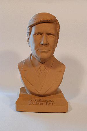 Helmut Schmidt #bundeskanzler #kanzler #bust #sculpture #figure
