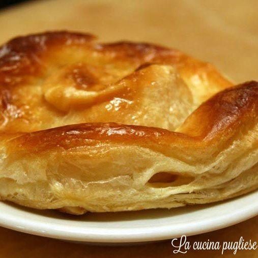 Rustico - una specialità salentina. Ecco la ricetta!