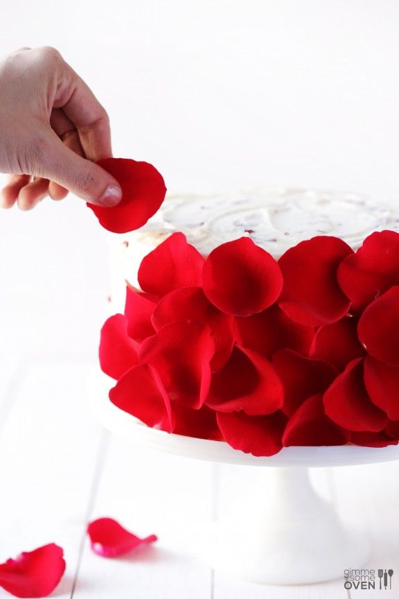 DIY Rose Cake  - made with fresh (edible!) roses! How AWESOME is this!!