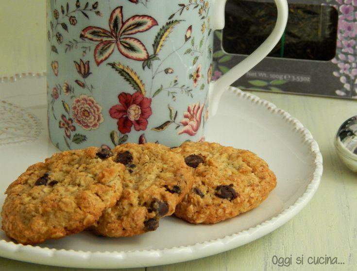 Biscotti ai fiocchi d'avena e cioccolato
