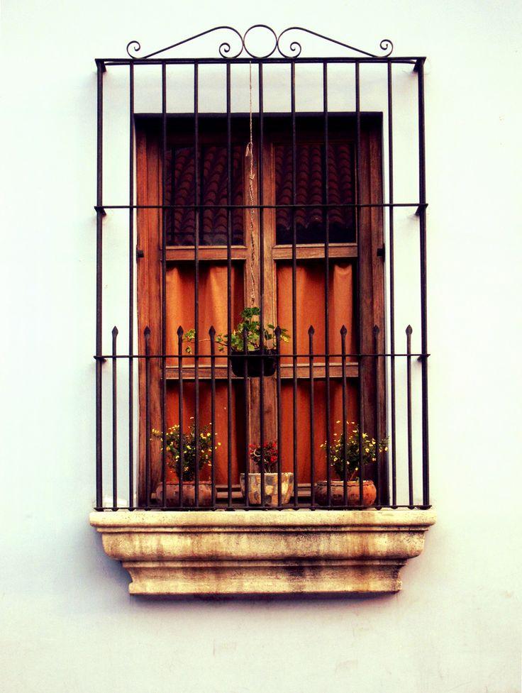 Imagenes ventanas coloniales nicaragua casa ideal for Puertas coloniales antiguas