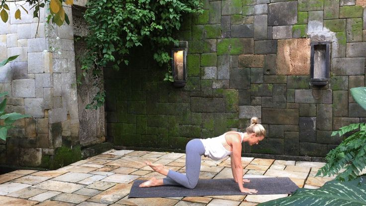The perfect anytime, anywhere workout to keep your behind in shape: Don't give up on your derrière just because you can't get to the gym.