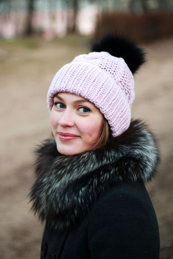 шапка женская с помпоном спицами схема на осинке