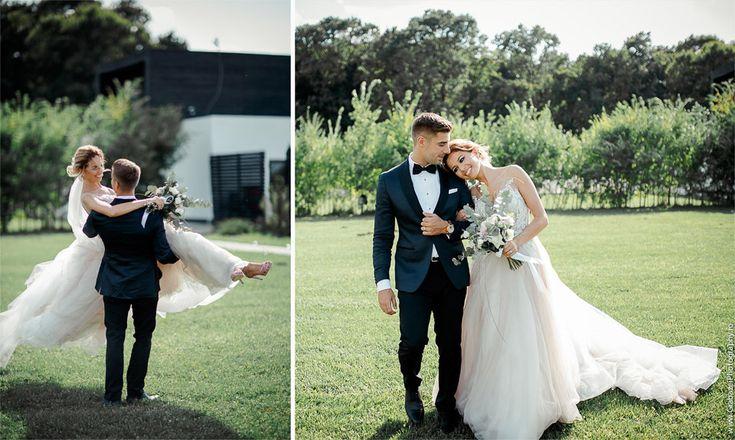 Outdoor wedding | bride and groom posing ideas  #grabazei #outdoorwedding #nuntainaerliber #bucuresti #bucharest fotograf nunta bucuresti #chisinau summer tree house cosoba