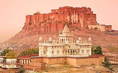 By far one of the most facinating places I've ever been. Meheranghar Fort in Jodhpur. Beautiful