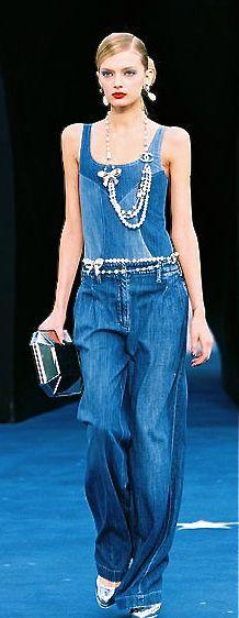 シャネル デニム オーバー オール、ネックレス 1709 ファッション ブログ