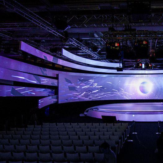 GREGORY LE CHAIX — Samsung - Opening Keynote IFA 2014 - Berlin