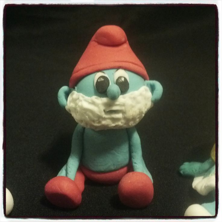 Fondant Pappa Smurf For more information & orders email SweetArtBfn@gmail.com or call 0712127786