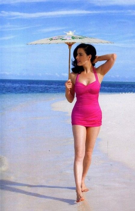 Dita Von Teese style Glamsugar.com Cute bathing suit! This mommy is not ready for the bikini yet!