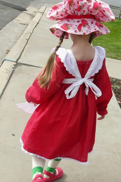 costume - old school strawberry shortcake