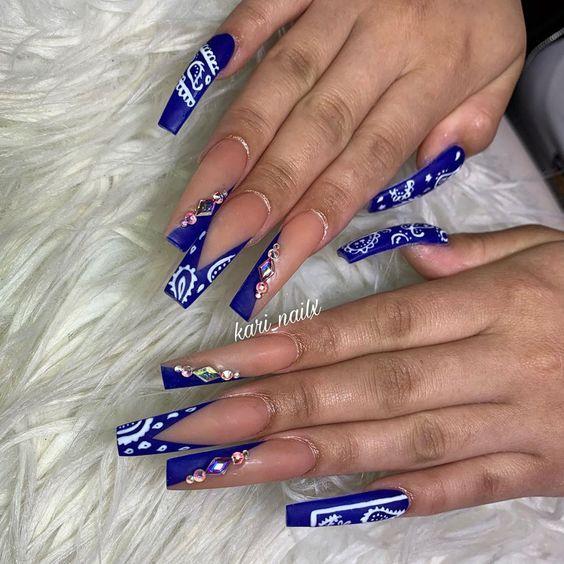 Pin By Lena On Nails In 2020 Blue Glitter Nails Bandana Nails Blue Acrylic Nails