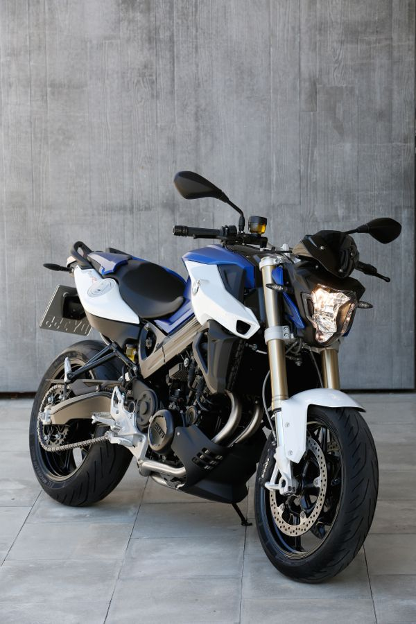 RoadRUNNER - 2015 BMW F 800 R: Roadster Updates