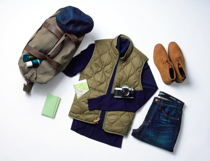 Looking dapper on a day out just got a whole lot easier. Fall is the season for layering — by pairing a vest and turtleneck, you can layer without the added bulk. What's more: Slim, dark-wash jeans topped off with a driving cap is a timeless look for a fall day away.Get this look here:• Vest• Jeans• Bag• Driving cap• Desert boots• Bag• Notebook