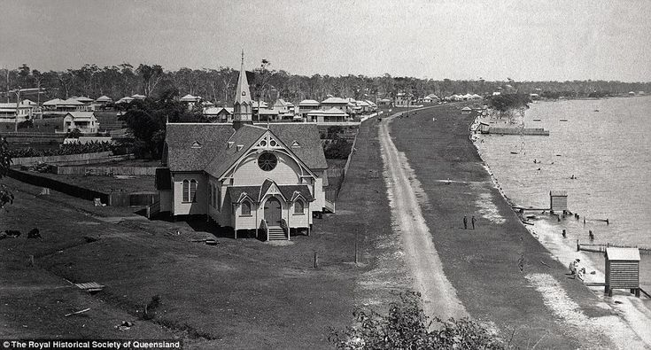 Lower Esplanade, Sandgate, 1889:Located on Bramble Bay, not far north of the Brisbane River mouth.Governors, politicians, pastoralists and businessmen built large homes on the slopes above the beach to enjoy the sea breezes and views to the bay islands