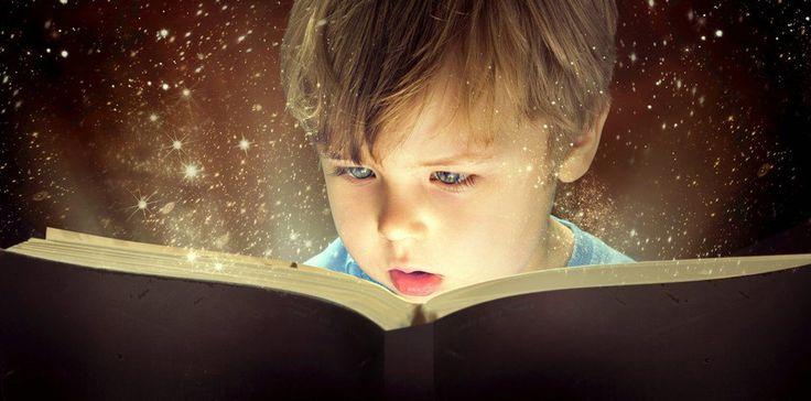 jadi... bacakan saja buku tiap hari... anak akan belajar baca dg sendirinya. okelah klo begitu...