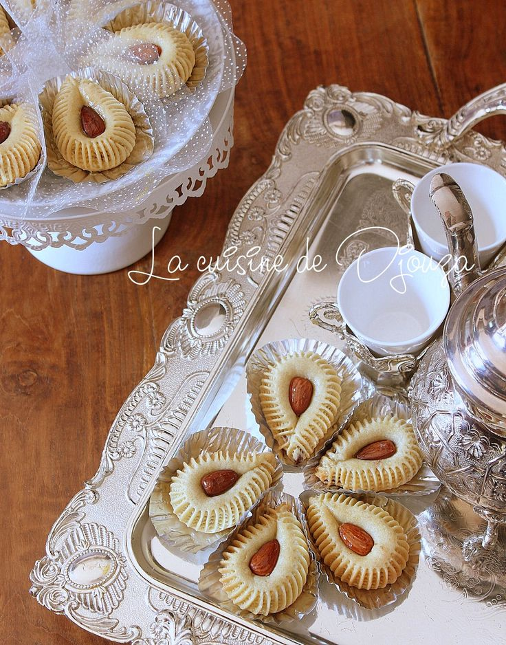 450 best images about pl zchen on pinterest - Decoration gateau traditionnel algerien ...