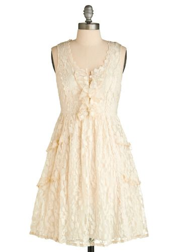 Love retro dresses...this would be SO cute with my cowboy boots