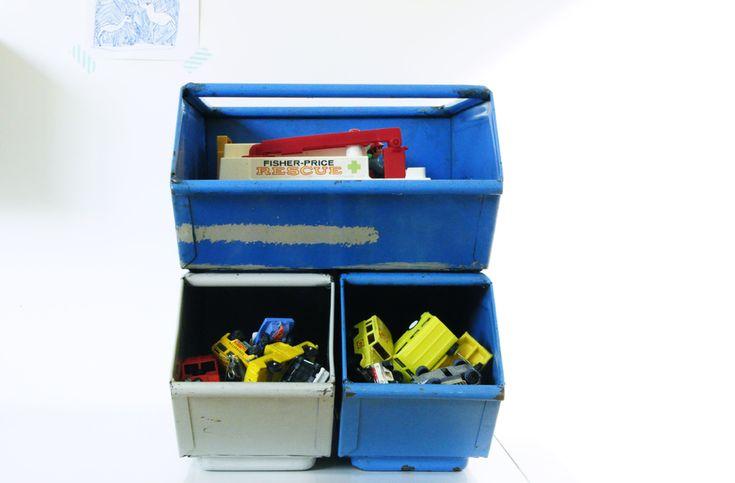 17 meilleures id es propos de casiers m talliques sur pinterest stockage de casiers casiers. Black Bedroom Furniture Sets. Home Design Ideas