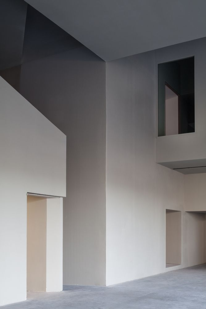 Gallery of Architecture Faculty in Tournai / Aires Mateus - 3