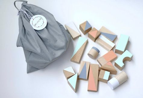 Large wooden blocks: Pastel colours-22pieces in cotton bag- Montessori toys - Toddler gift - Wooden toys - Building blocks - Eco toys
