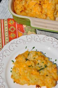 Aunt Bee's Sour Cream and Cheese Potatoes | RecipeLion.com
