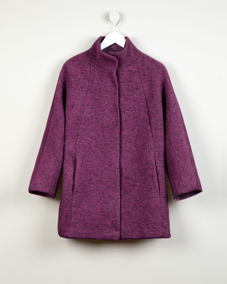 Oversize coat http://bit.ly/1ryske6  Abrigo oversize http://bit.ly/1yk7GNY