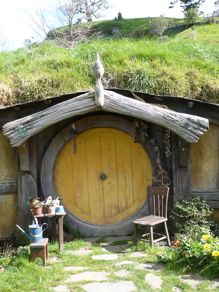 """""""hobbit houses have to have round doors"""" favorite Sarah quotes!"""