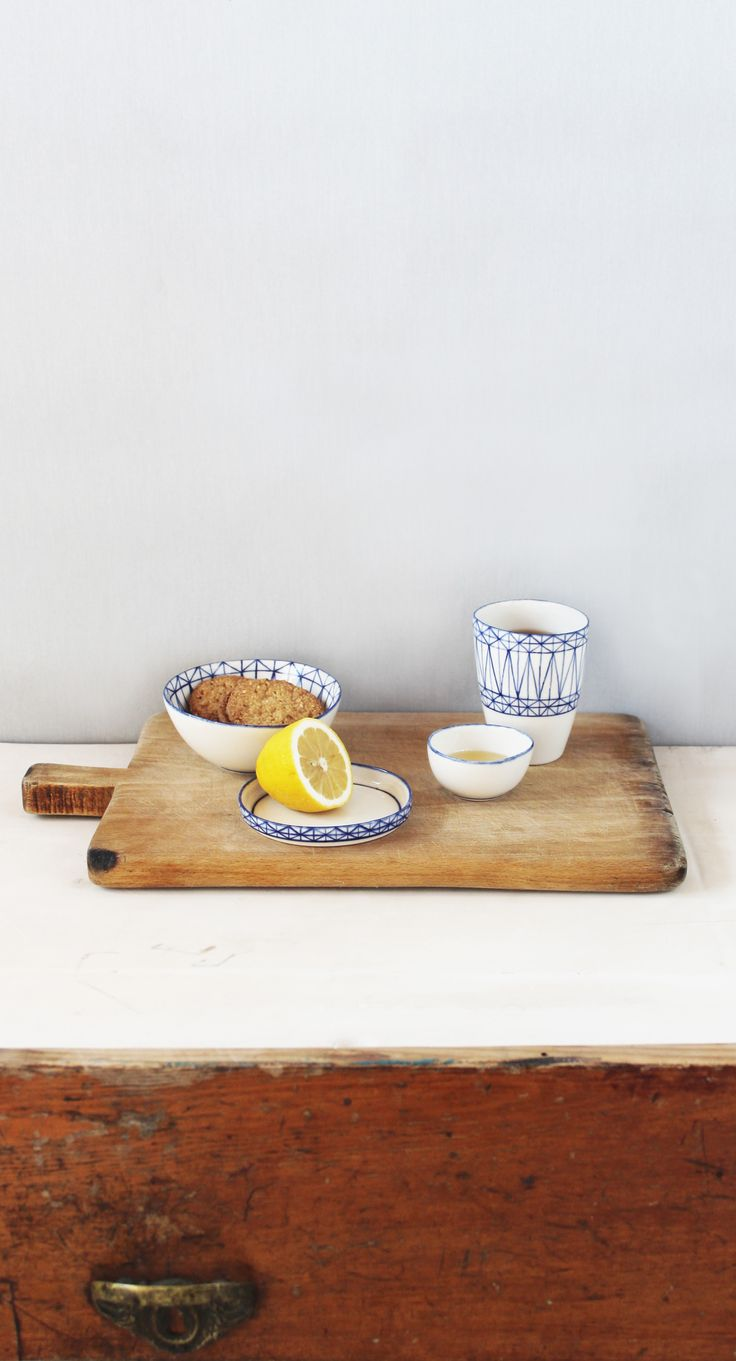 Unique hand-made pottery bowls, plates and glasses, by Mădălina Teler