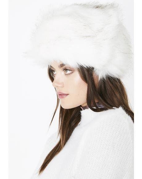 1f085e68ceaa78 Icy Flash Freeze Faux Fur Hat #dollskill #faux #fur #outwear | What ...