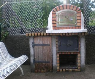 How to Build a Portuguese Brick Pizza Oven