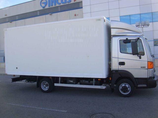 Mil anuncios com nissan atleon 3500 kg compra venta de for Camiones usados en asturias