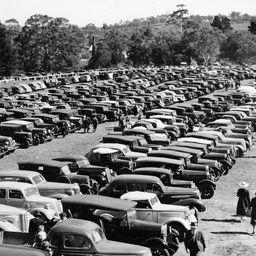 Parking area at Oakbank races